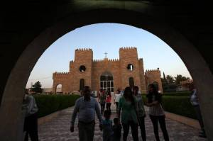(©Afp) Cristiani lasciano Mosul