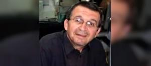Mustapha Ourrad, algerino di Aït Larba, musulmano. Correttore di bozze di Charlie Hebdo. Morto durante l'attacco del 7 gennaio 2015.