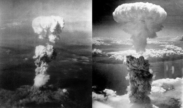 La foto di sinistra è Hiroshima. È stata stata presa da un aereo che accompagnava Enola Gay con lo scopo di scattare fotografie. La foto di destra è Nagasaki, scattata il  9 agosto1945 da Charles Levy da uno degli aerei che accompagnavano l'attacco.