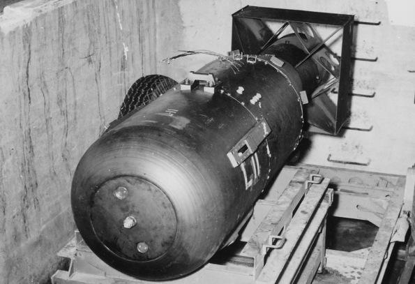 Little Boy, la bomba Mk.1, la seconda atomica costruita nell'ambito del Progetto Manhattan e la prima arma nucleare della storia a essere stata utilizzata in un conflitto