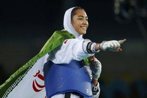 Kimia Alizadeh Zenoorin, prima donna iraniana a conquistare una medaglia in una competizione olimpica